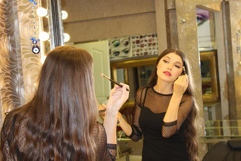 Makeup-artist-Nurgül-Kolukırık
